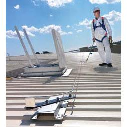 Travel 8 roof safety system by Sayfa